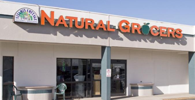 Natural Grocers Mission Trace store front
